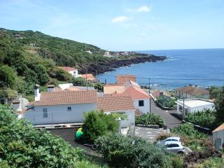 Pico Holiday Rentals - Casa do Avo Faidoca - ilha do  Pico - Acores
