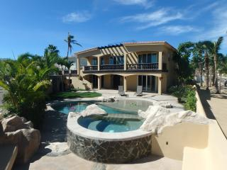 Fantastic Ocean Views and Private Pool/Hot Tub!!!, San Jose del Cabo