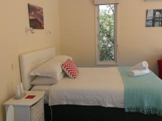 Springtide Studio Apartments, Point Lonsdale