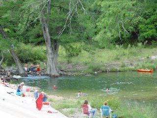 2/1 Near River Crossing, Hunt TX