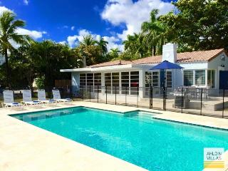 Waterfront, close to beach, heated pool, Fort Lauderdale