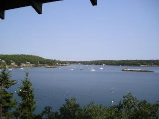 SALTAIRE | BOOTHBAY HARBOR | LINEKIN BAY | APPALACHEE LAKE | PRIVATE DOCK