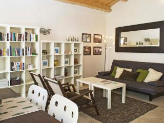 Casa Raffaela rental in the Centro Storico Alghero with wi-fi