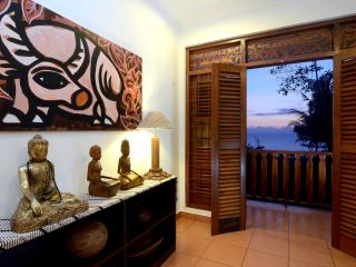 Three Bedroom Javanese Cottage with Seaview