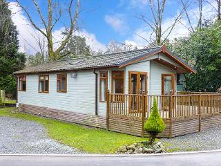 TULIP LODGE, single-storey lodge, family accommodation, on-site swimming pool