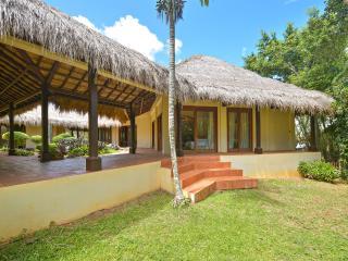 4-bedroom Hayahay Villa in Diniwid, Boracay