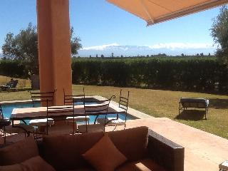 3 bed 3 bath/shower private villa in luxury Spa development 18km from Marrakech.