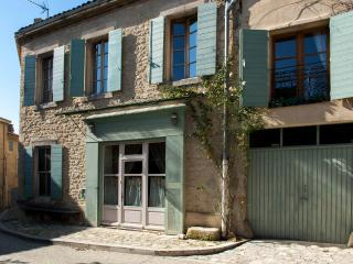 Slow Provence, Gorgeous 5 Bedroom House- Savor the Charm of Old Provence, Ansouis