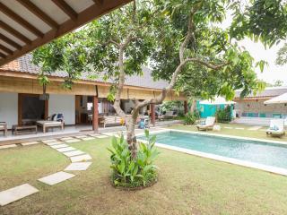 MangoTree Villa @ Bingin Beach town, Jimbaran
