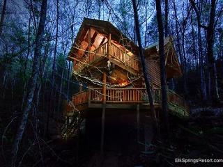 Private and Secluded 1 Bedroom  with Seasonal Stream, Sevierville