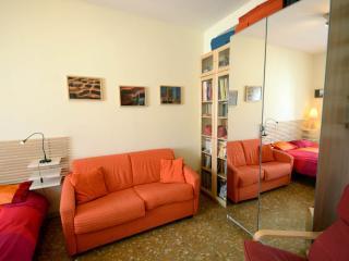Casa Arancio, Rome