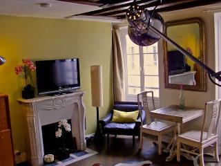 Studio rue Rambuteau 390, París