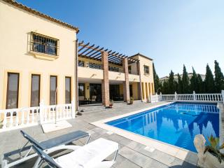 6 Bedroom Villa with Private Heated Pool, Mijas