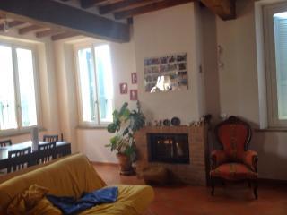 Bellissimo e tranquillo appartamento, Parma