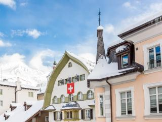 CENTRAL APARTMENT, downtown flat for ski holidays