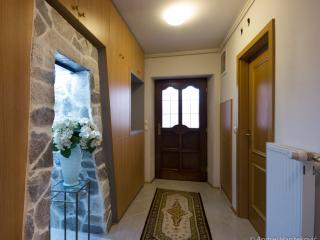 Apartment Nina entrance hall