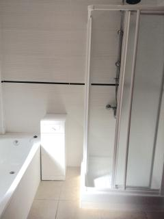 Shower + Bath to Master Ensuite