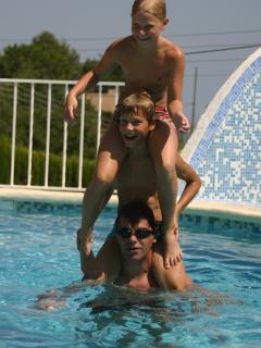 Genieten in het zwembad
