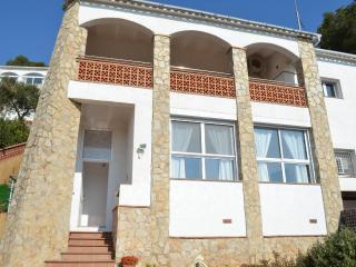 Casa de 160 m2. Son 2 casas para 5 y 6 personas ideal para dos familias de amigo