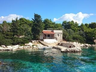 Kornati Robinzon House, Kornati Islands National Park