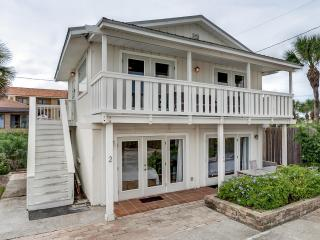 NEWLY RENOVATED Ocean Front HOME - 5 mi to St AUG, Saint Augustine Beach
