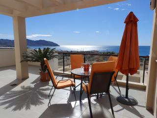 MH38 -2 Bedroom Apartment with Sea Views, Isla Plana