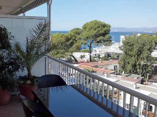 Beautiful Large Apartment near beach, Salou
