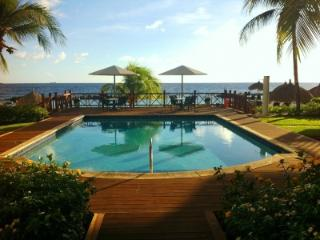 Luxurious Beau Rivage Condo, Private Pool & Beach, Willemstad