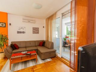 DELUX ONE-BEDROOM APARTMENT, Split