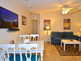"""SEA BREEZE""  - Luxurious 2/1 Condo in Old Town, A Parrot Heads Paradise!, Key West"