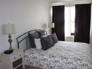 3 Bedrooms; Prime location: center in Old Quebec