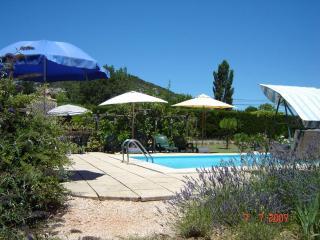 Appartement avec piscine privée et jardin, Le Val