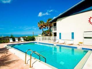 Island Beach Club 22