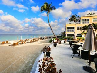 Regal Beach Club #624 - 3BR OF, Cayman Islands
