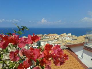 Costa Azzurra apartment, Pizzo Town Southern Italy