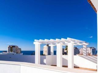 Atico Junto a la playa En el Mejor clima de Europa ACCESO A INTERNET WI-FI