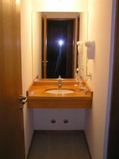 Baño con hidromasaje compartimentado - cabaña 1