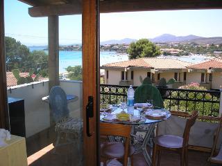 Golfo Aranci appartamento per 4 persone vista mare