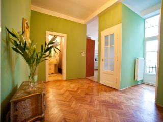 Fabulous Prague Castle Apartment