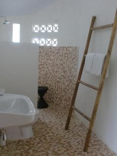Toilet and bath room