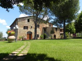 Villa rentals apartments 4 bed, Montespertoli