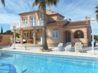 Costa Blanca South 4 Bed Villa + Pool Los Balcones, Torrevieja