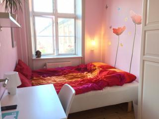 Small room with garden view & bike, Copenhague