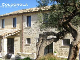 Casa Colognola - Ancient stone farmhouse, Cingoli