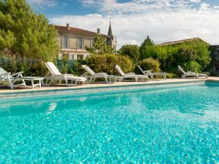 Lovely country house 20 min from Bordeaux, Virsac