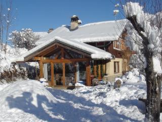 Salle à manger, salon avec cheminée, véranda, 3/4 chambres, 1 salle de bain, 1WC, Saint-Gervais-les-Bains