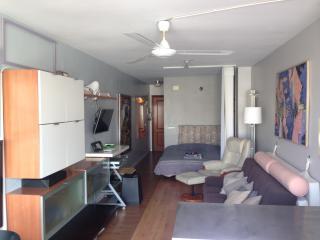 Apartamento-Estudio Centrico, wifi, AC, SMARTV, Torrevieja