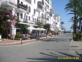 13 50 02 Duquesa Village, Manilva 29691 Registered in Andalucia No VFT/MA/03212