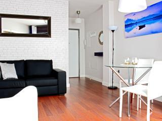 Nuevo apartamento moderno en distrito centro