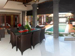Mango Villa Sanur close to evrything